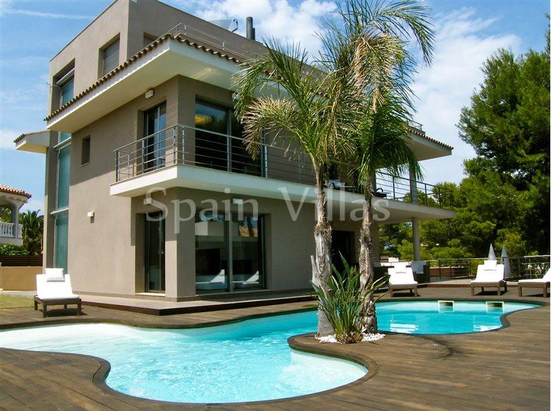 Недвижимость в испании фото цены